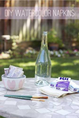 diy-watercolor-napkins-tutorial-for-parties-or-weddings