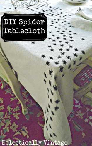 halloween-table-centrepiece-dinner-decoration