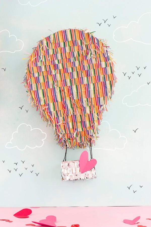 hot-hair-balloon-pinata
